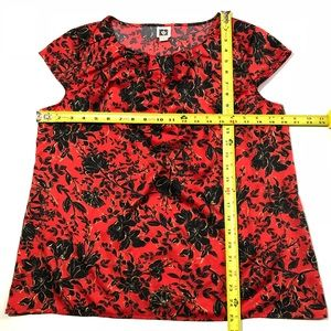 Anne Klein Tops - Anne Klein Size Large Red Floral Pleated Blouse